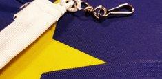 Mosquetón Bandera UE